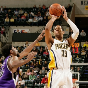 pacers_kings_090103_165227_10